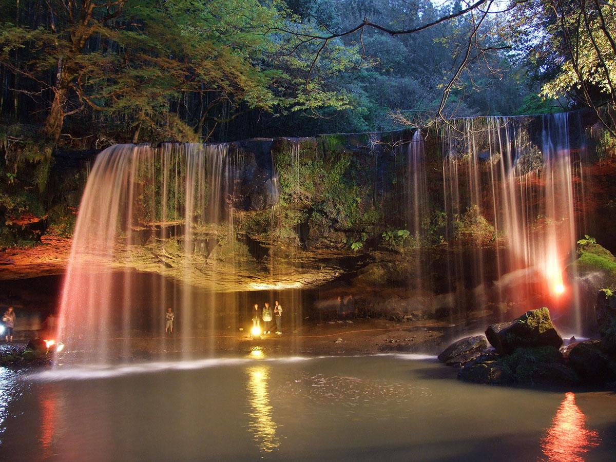 Nabegataki falls_2