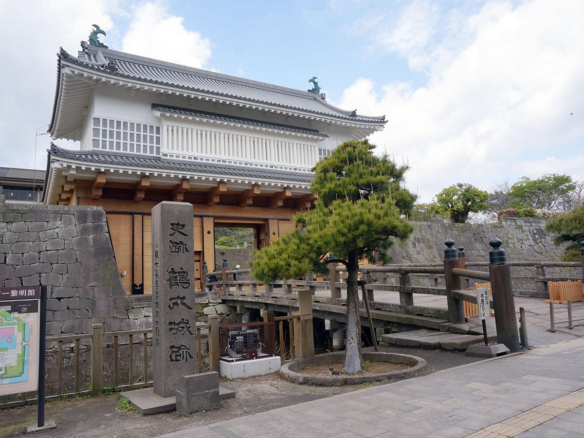 Tsurumaru Castle Ruins (Goromon Gate)_1