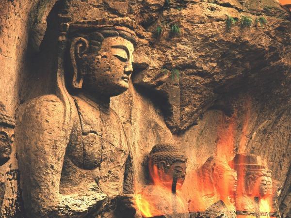 Budas en Piedra de Usuki