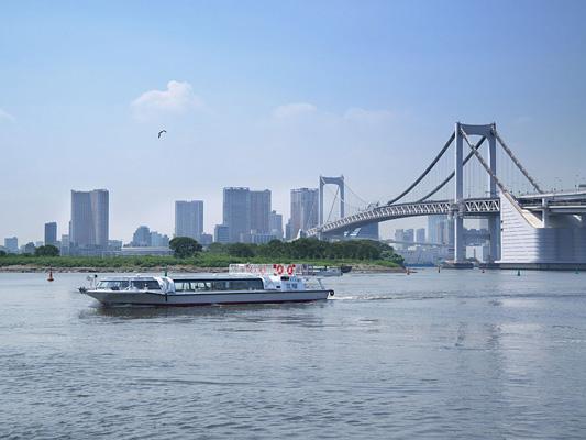 Péniche de tourisme (ligne Asakusa-Odaiba)
