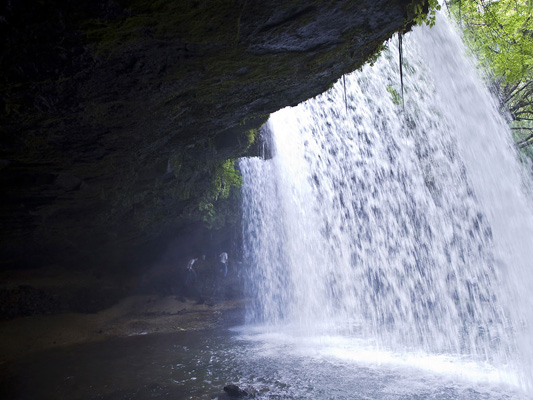 Nabegataki falls_3